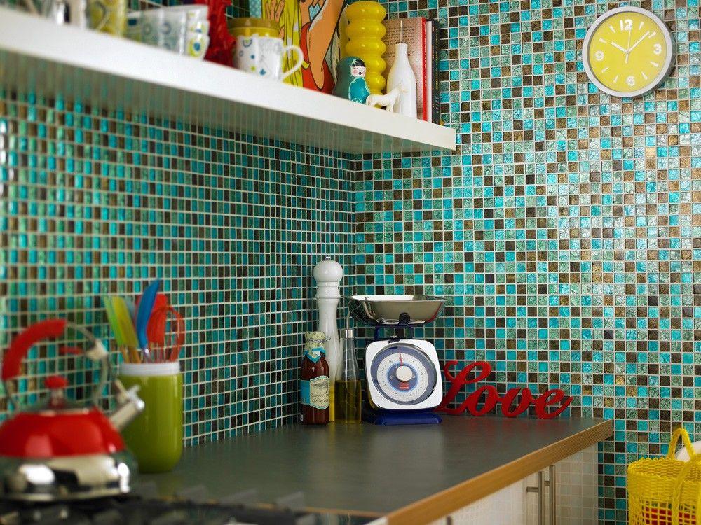 стены кухни из мозаики